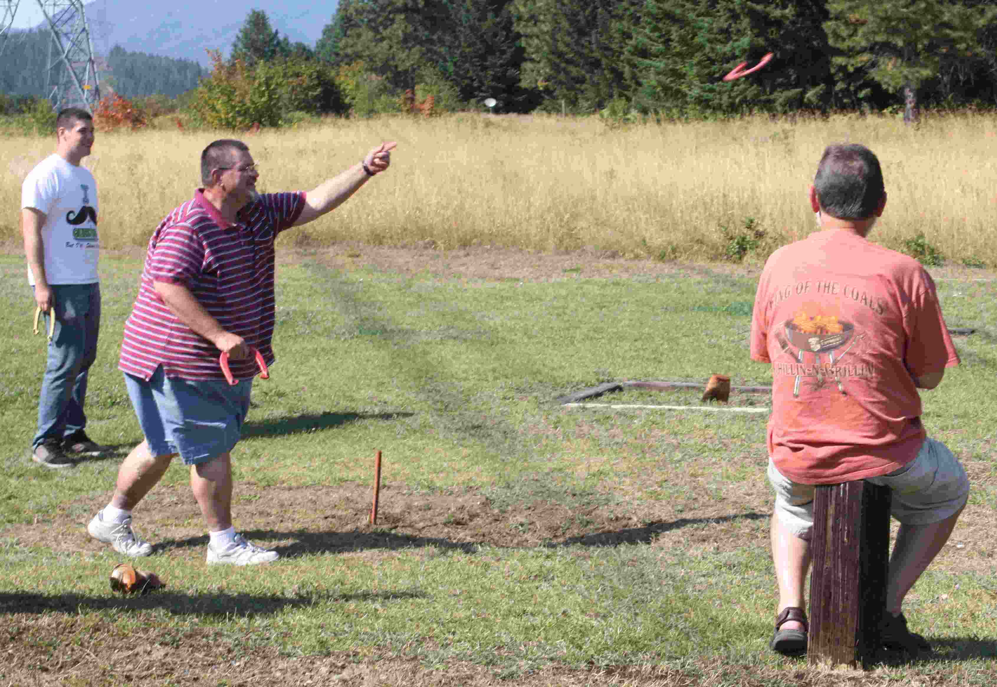 playing horseshoes